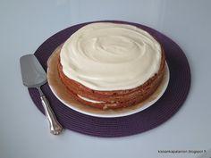 Kissankäpälä: Porkkanakakku, carrot cake