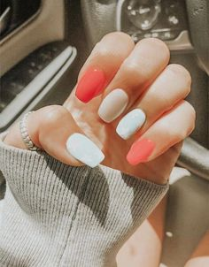 Bright nail ideas _ helle nagelideen _ idées d'ongles brillants … Simple Acrylic Nails, Summer Acrylic Nails, Best Acrylic Nails, Summer Nails, Bright Nails For Summer, Bright Gel Nails, Fall Nails, Cute Nails For Spring, Nail Ideas For Summer