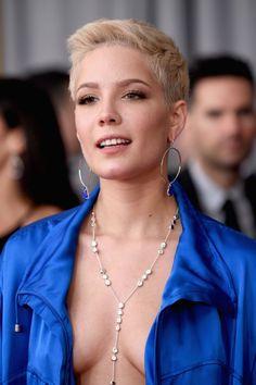 Grammy Awards Fashion 2017 | POPSUGAR Fashion Photo 10 Halsey