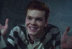 "Clip de ""Gotham"" deja ver a Jerome (Joker) en Arkham #series"