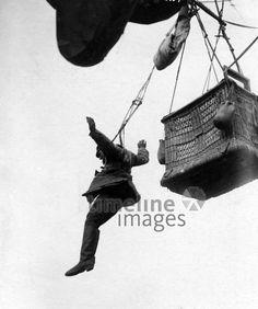Deutsche Fesselballone, Fesselballon, 1918 Timeline Classics/Timeline Images #WW1 #Weltkrieg #Soldat #Ballon #Fesselballon #Krieg #Luftkampf