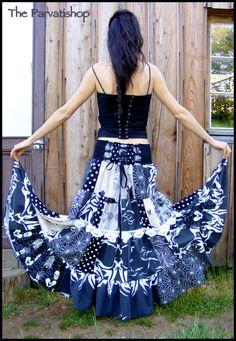 Maxi skirt jupe bohème sorciere witchcraft upcycled ecofriendly patchwork de la boutique theparvatishop sur Etsy