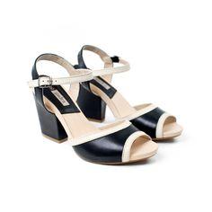 Nuestro modelo Parma... puro #estilo #gadea www.gadeawellness.com