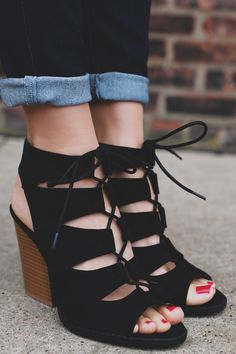 Black Gladiator Style Caged Peep Toe Bootie – UOIOnline.com: Women's Clothing Boutique