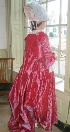 Two Nerdy History Girls: From Colonial Williamsburg: A Sack-Back Gown, c 1775