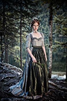 Great fairytale princess! HOCHZEITSDIRNDL CAROLIN