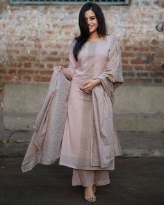 Shop online Dusty Pink Block Printed Set Hand block printed set, paired with a jaal print dupatta with base printed wide legged pants Stylish Dress Designs, Designs For Dresses, Stylish Dresses, Churidar Designs, Kurta Designs Women, Dress Indian Style, Indian Dresses, Indian Wedding Outfits, Indian Outfits
