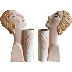 Pair of Czech Art Deco Figural Vases Art Deco Decor, Art Deco Home, Art Deco Era, Art Deco Design, Ceramic Figures, Art Deco Furniture, Art Deco Jewelry, Geometric Shapes, Sculpture Art
