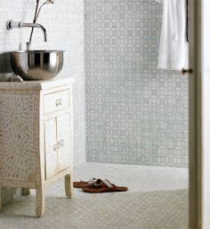 Stainless steel bowl sink Moroccan style tiles and bone inlay vanity. Big Bathtub, Moroccan Bathroom, Bungalow Interiors, Vanity Drawers, Chic Bathrooms, Luxurious Bathrooms, Small Bathroom, Bathroom Ideas, Bathroom Inspo
