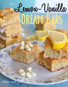 Super easy lemon bars--the white chocolate in the base is the perfect balance for the tangy lemon curd. | Kitchen Meets Girl