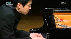 Dong hyek lim plays L.v. Beethoven : Piano Sonata No.14 in C sharp minor 'Moonlight' - YouTube