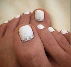 Cool summer pedicure nail art ideas 59