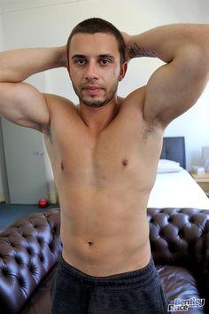 Aussie Muscle Hunk James Nowak