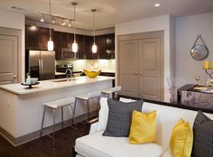 Model apartment at AMLI on Maple, luxury apartments in Uptown Dallas