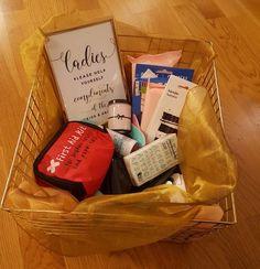 """Ladies room""-kokonaisuus, kulta Paper Shopping Bag, Lady, Room, Wedding, Ideas, Home Decor, Bedroom, Valentines Day Weddings, Decoration Home"