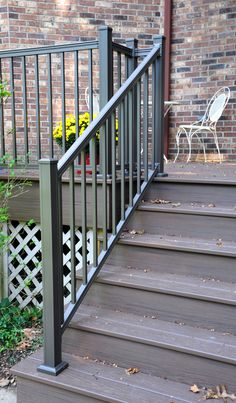 52 Inspiration the Right Design Idea for Your Deck Railings - If you're stuck thinking precisely what style you might use to your deck railings, the thing is the fact that the only real limitation is your Railings For Steps, Deck Railing Kits, Metal Deck Railing, Deck Railing Design, Stair Railing, Stairs, Railing Ideas, Staircase Ideas, Center Blog