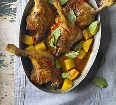 Tender duck & pineapple red curry- this slow-cooked curry improves if made up to two days ahead, perfect for relaxed entertaining Slow Cooker Recipes, Crockpot Recipes, Cooking Recipes, Slow Cooking, Freezer Cooking, Duck Curry, Pineapple Curry, Gluten Free Chilli, Slow Cooker Chicken Curry