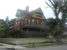 Cool Houses in Kansas City Off I-70 Highway - News - Bubblews