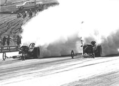 Smoke show - Classic dragsters smokin the tires the entire quarter mile -
