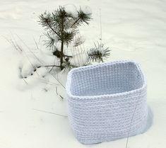 Crcohet basket, T-shirt yarn Crochet Home, Knit Crochet, Crochet Blogs, Purple Crafts, T Shirt Yarn, Korn, Crochet For Beginners, Home Deco, Stitch