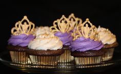 CAKE Bake Shoppe is a quaint little shop located in Calgary that offers cupcakes, cookies custom cakes and cake pops.