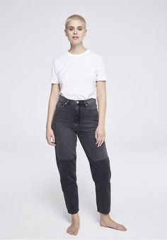 Check our DetoxDenim Women Collection! Minimalist Clothing Brands, Ethical Brands, Ethical Fashion, Heavy Metal, Jeans, Sustainability, Stylists, Denim, Cotton