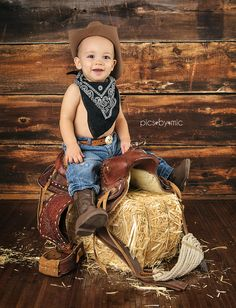 Pics-By-Mic | New Caney Texas | Baby & Child Photographer | one year old, boots, hat, saddle, first birthday, first birthday pictures, one year old boy, 1st birthday