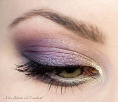 purple w/ gold on inner eye