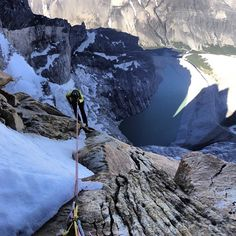 Escalando Torre Central del Paine, Parque Nacional Torres del Paine, Región de Magallanes. Fotografía de Cristóbal Señoret - photo by chilediscovery