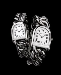 Discover the Stirrup Baby Link, the newest interpretation of Ralph Lauren's Equestrian heritage for the delicate feminine wrist
