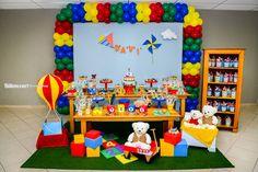 Decoração Brinquedos SJC Lego Birthday Banner, First Birthday Themes, Baby First Birthday, Boy Birthday Parties, Birthday Party Decorations, First Birthdays, Baby First Tv, Gold Birthday, Baby Party