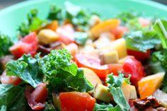 Grünkohl-Salat mit Räuchertofu