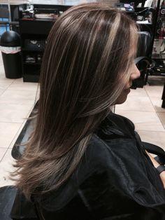 Hair Color Streaks, Hair Dye Colors, Hair Color Highlights, Hair Color Balayage, Hair Dyed Underneath, Aesthetic Hair, Hair Looks, Dyed Hair, Hair Inspiration