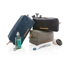 This natural and durable canvas travel Kit is great for use as a shaving, toiletry and utility kit that fits easily into carry-on luggage.