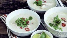 Denne uges hverdagsopskrifter er skoldhede supper lavet af friske råvarer. Her får du opskriften på thai-kokos-kyllinge-suppe