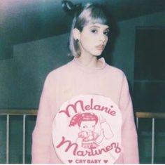 Billie Eilish, Melanie Martinez Pictures, Crybaby Melanie Martinez, Badass Women, Pretty Eyes, Cry Baby, Her Music, Celebs, Celebrities