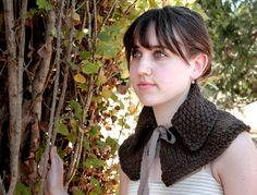 Outlander Pattern for Claire's Capelet Loom Knitting, Knitting Patterns, Crochet Patterns, Knitting Ideas, Learn To Crochet, Knit Crochet, Knitted Capelet, Outlander Knitting, Outlander Costumes