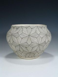 Acoma Pueblo Fine Line Design Pottery Bowl Pueblo Pottery, Wedding Vases, Pottery Bowls, Native American Art, Line Design, Ceramic Bowls