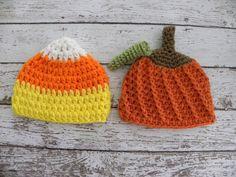 Twin boy Halloween hats. Twin boy pumpkin hat and candy corn hat. Newborn baby Halloween twin photo prop hats. by TrebleStitchBoutique on Etsy