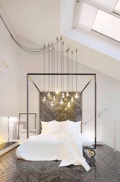 Dangled bulbs! Gorgeous!