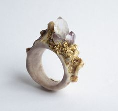 Carved Antler Ring featuring Raw Amethyst Crystals by WhiteAether Size 7 Antler Jewelry, Antler Ring, Jewelry Art, Antler Art, Jewellery, Raw Crystal Jewelry, Unusual Jewelry, Amethyst Crystal, Antler Crafts