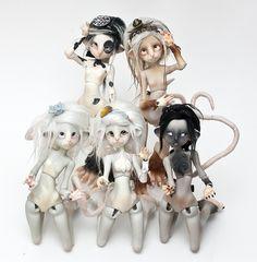 Ldoll's girls o/ by La Tarte au Citron, via Flickr  oh god ratty dolls~ i want one!!!
