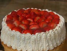 La tarta de frutillas siempre es bienvenida y ésta en particular es muy grata ya…