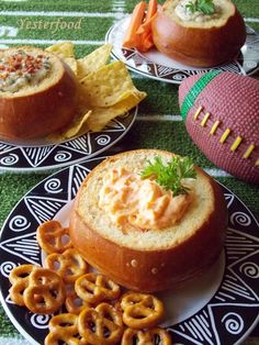 Yesterfood : Individual Bread Bowl Appetizers for SUPERBOWL Parties!