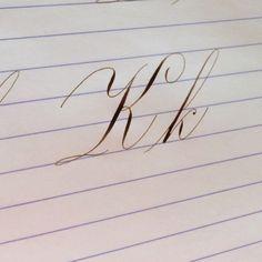 891 個讚好,43 則回應 - Instagram 上的 Suzanne Cunningham(@suzcunningham):「 I can tell I haven't touched my pens in five days . This took infinity tries and I'm still not… 」