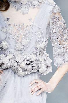 theeleganceofrunway:  Elie Saab Spring 2010 Haute Couture