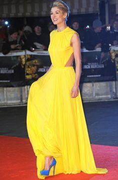 Yellow dress, blue shoes