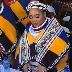 Komjekejeke annual commemoration 2020,Ndebele Kingdom, South Africa – THE AFRICAN ROYAL FAMILIES South African Design, African Traditions, Green Hats, Girl Dancing, Royal Families, Daughter, Culture, Queen, People