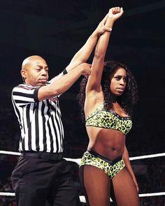 Naomi win the match against Natalya Last Friday Night Smackdown