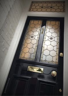 Manchester Bee Leaded Glass - The Grand Victorian Door Company Yellow Front Doors, Wood Front Doors, Painted Front Doors, Front Door Colors, Glass Front Door, Victorian Front Doors, Victorian Terrace, Victorian Homes, Modern Victorian